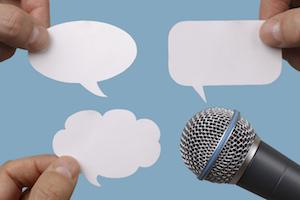 microphone-event-speech-live-tweet-2