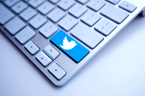 Does Customer Service Actually Work on Twitter? 5 Brands That Do It Well