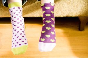 mismatched-heart-socks