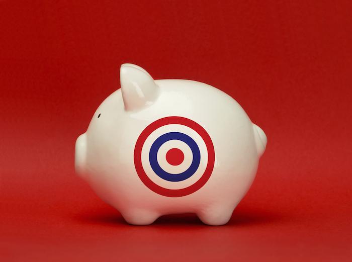 piggy_bank_with_bullseye
