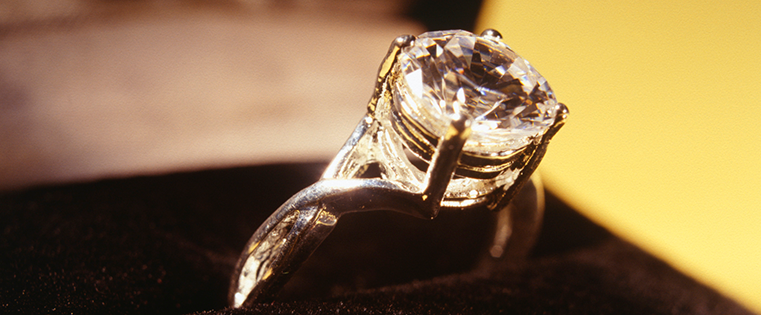 The Engagement Ring Story: How De Beers Created A Multi Billion Dollar  Industry From The Ground Up