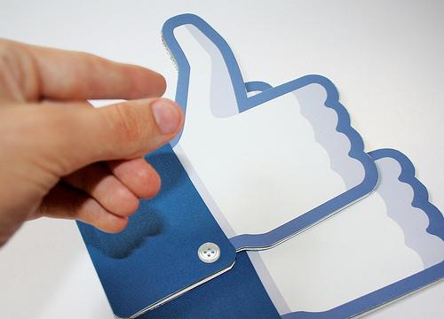 facebook thumbs up