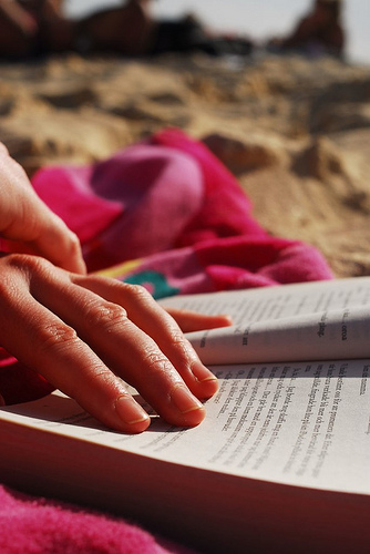 7 Must-Read Books for Marketing Agencies This Summer