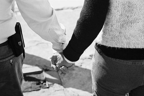 hand hold