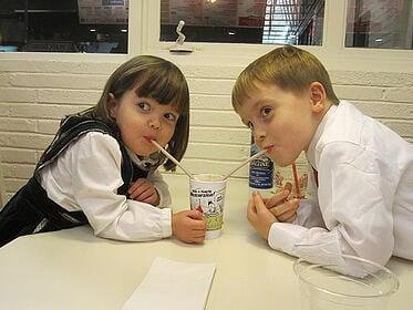 kids sharing