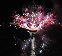 new years fireworks resized 600
