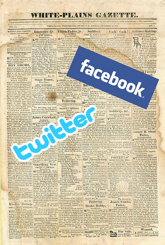 twitter and facebook status best practices