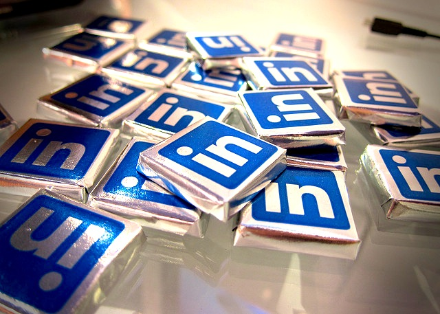 How to Use LinkedIn's 'Sponsored Updates,' a New Type of Ad for Company Pages