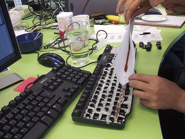 seeds-in-keyboard
