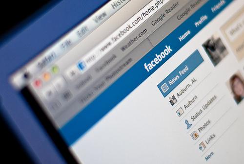 facebook_news_feed