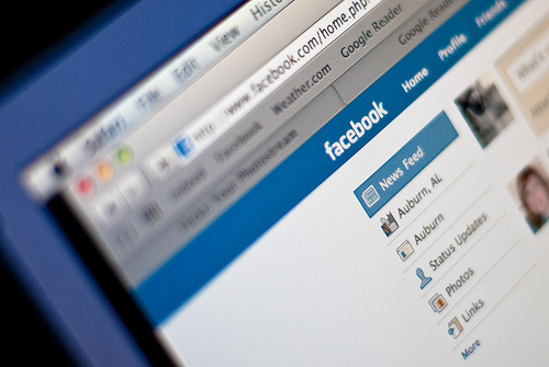 5 Ways You Can Capitalize on Facebook's News Feed Algorithm Update