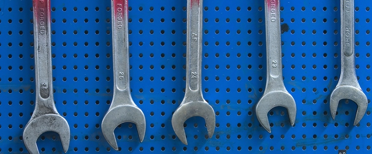 The 3 Types of Tools Salespeople Need For Social Selling