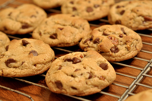 In (Partial) Defense of Tracking Cookies