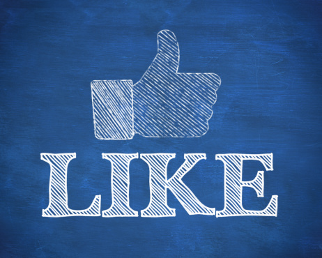 8 Examples of More Engaging Ecommerce Posts For Facebook