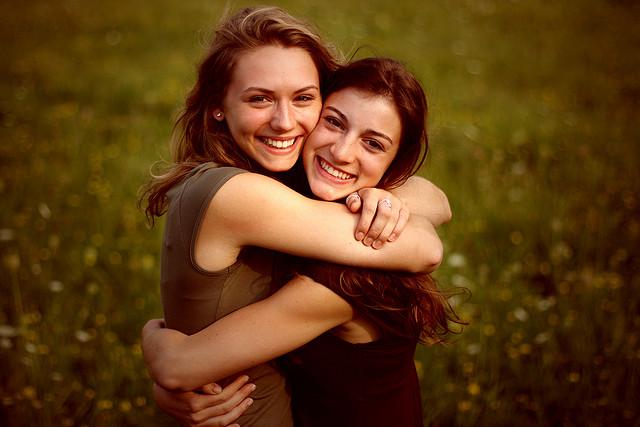 friends-hugging