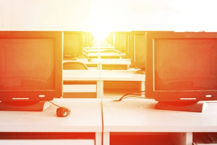 How Online Schools Are Using Blogging to Attract Prospective Students