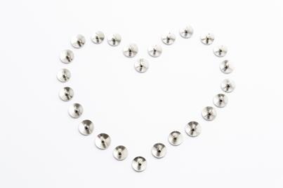 pins-heart