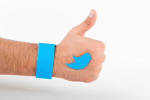 4 Cool Little Things to Do With the New Twitter Profile [SlideShare]