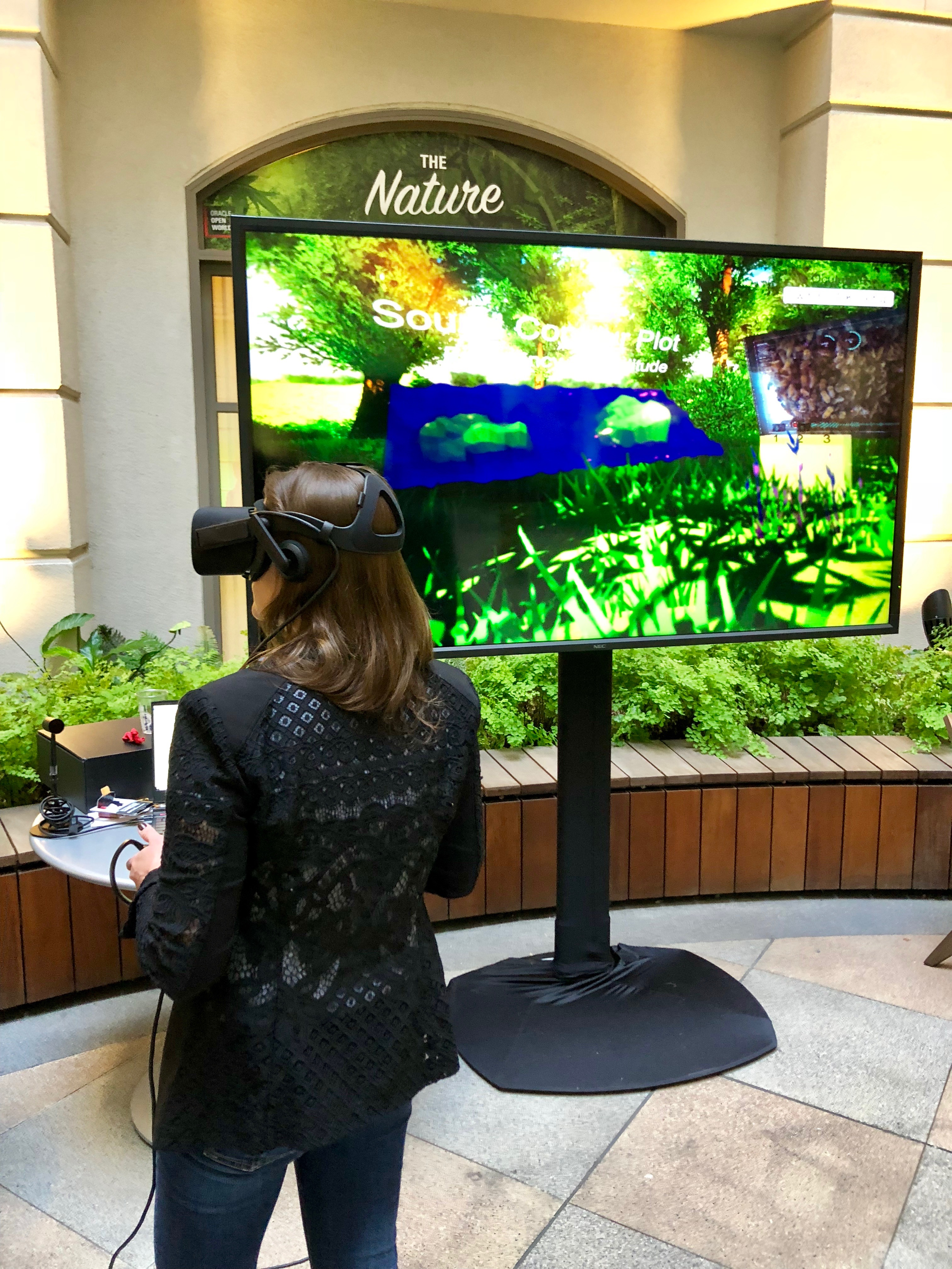What a Swarm of Honey Bees Taught Me About Virtual Reality