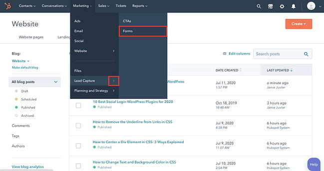 Navigation path to HubSpot form builder outlined in red
