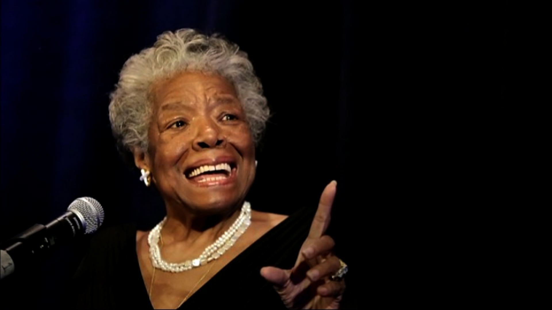 a look at maya angelou an american writer as a woman of hope Download audiobooks narrated by maya angelou to the heart of a woman sings with maya angelou's eloquent even the stars look lonesome is maya angelou talking.