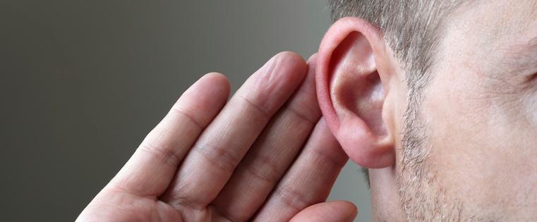 salesperson_listening_attention-3.jpg