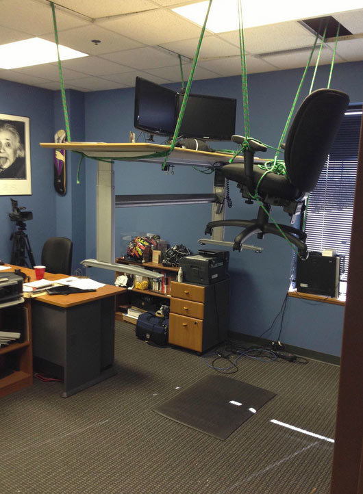 suspended-chair-prank.jpg