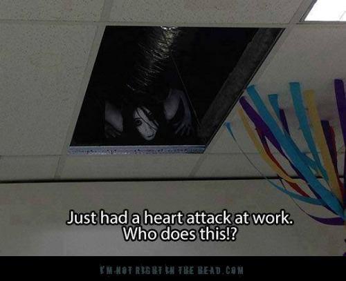 terrifying-image-on-ceiling-prank.jpg