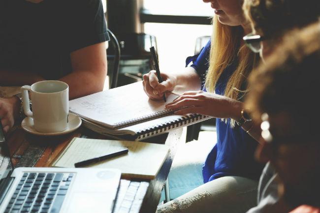 turn your employees into brand ambassadors.jpg
