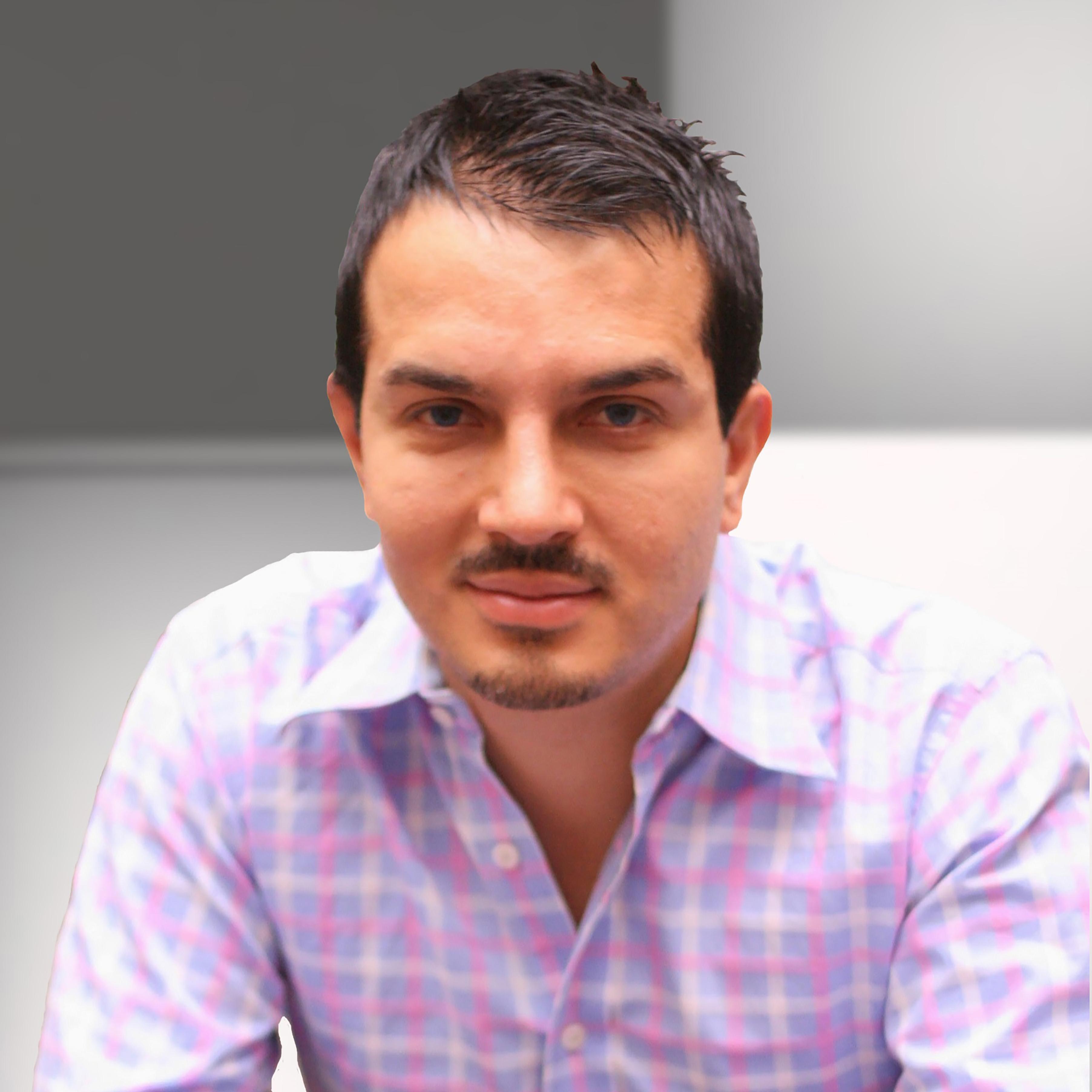 Alex Pirouz