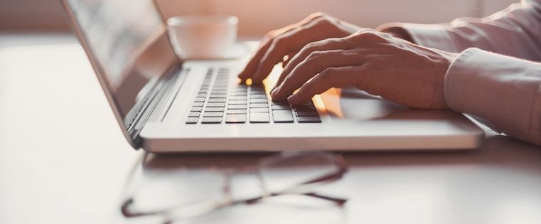 The Top 25 Sales Blogs Every Sales Professional Should Read