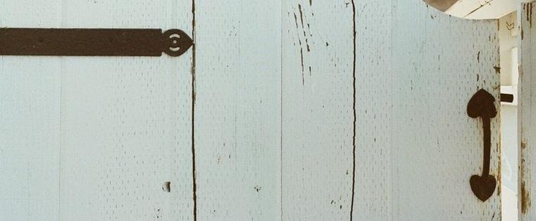 10 Ways to Get Past Gatekeepers [SlideShare]