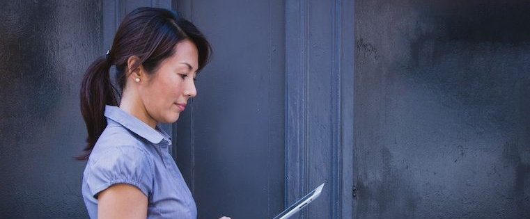 What Does it Mean to Be a Woman in Sales? 16 Sales Experts Speak Out