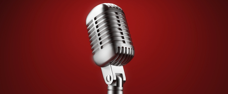 6 Tips to Keep Your Voice in Peak Condition For Public Speaking