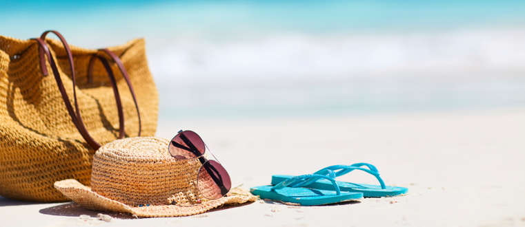 Going on Vacation? 7 Clever & Effective Out-of-Office Replies to Try