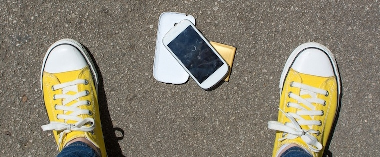 8 Deadly Phone Sales Blunders You're Making Right Now