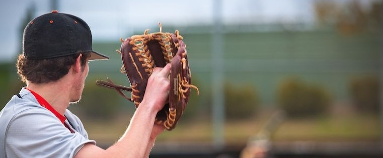 The 6 Surprising Characteristics of Successful Pitches [New Research]