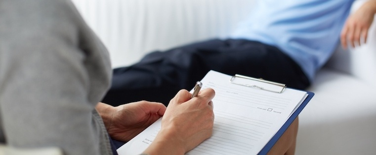 Why Salespeople Need To Be Therapists, Not Doctors