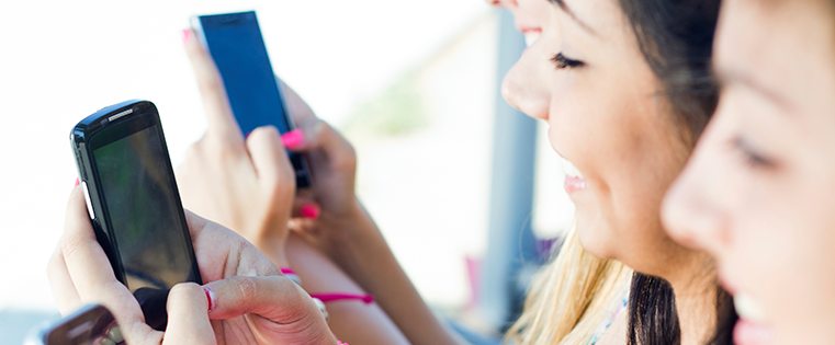 How People Are Really Using Snapchat: A Glimpse Into Its Growing User Base [Infographic]