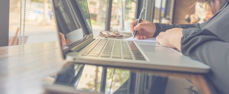 How to Write Sales Emails the Right Way: Invaluable Advice From 3 Experts