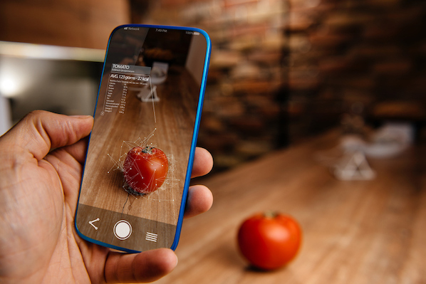 How to Use AR (Augmented Reality) to Improve the Customer Experience