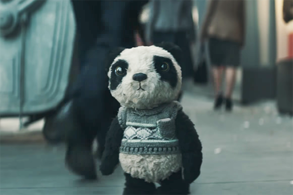 10 of the Best Ads from October: Spooky Retargeting, Amazon Reviews, and a Lost Panda