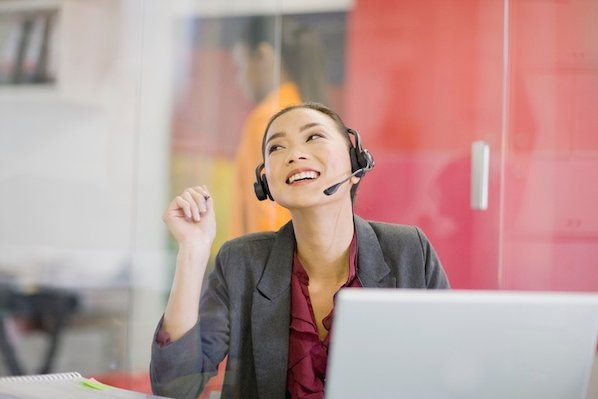 9 GIFs That Sum Up Customer Service Call Centers