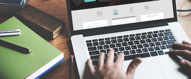 How to Craft a Standout Online Portfolio: 7 Tips & Tools