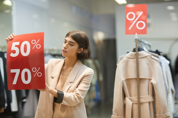 Considering a Sales Discount? Here's What You Need to Know