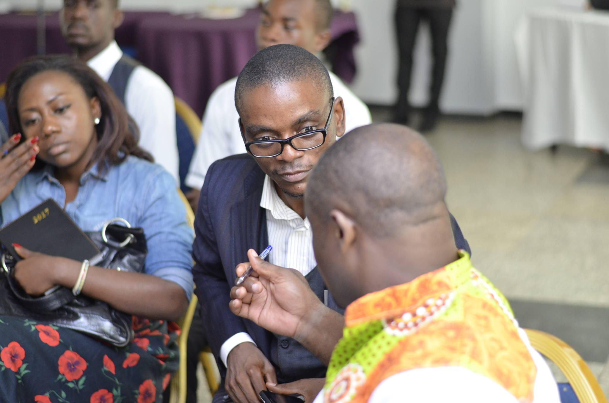 Discussions with an entrepreneur right after my presentation