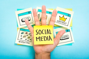 How to Use Social Media to Connect With Your Contacts