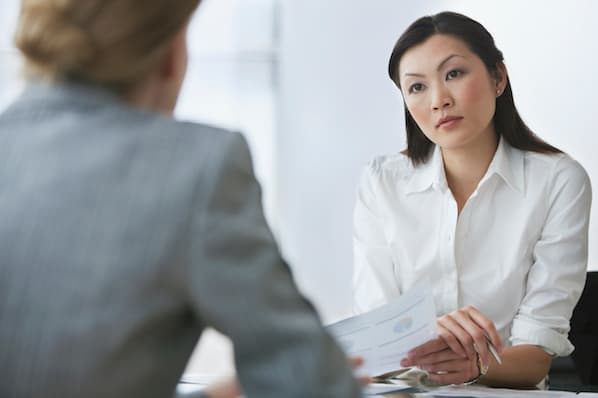 11 Red Flags to Look Out for When Interviewing Sales Reps, According to Experts