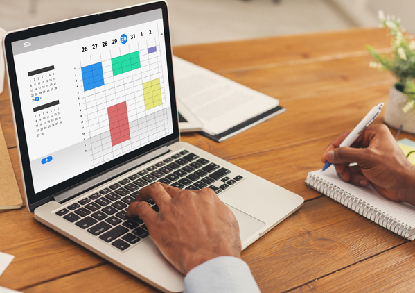 Marketer using organization tips