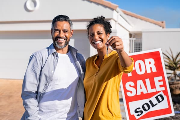 How to Be a Part-Time Real Estate Agent: Tips and Requirements